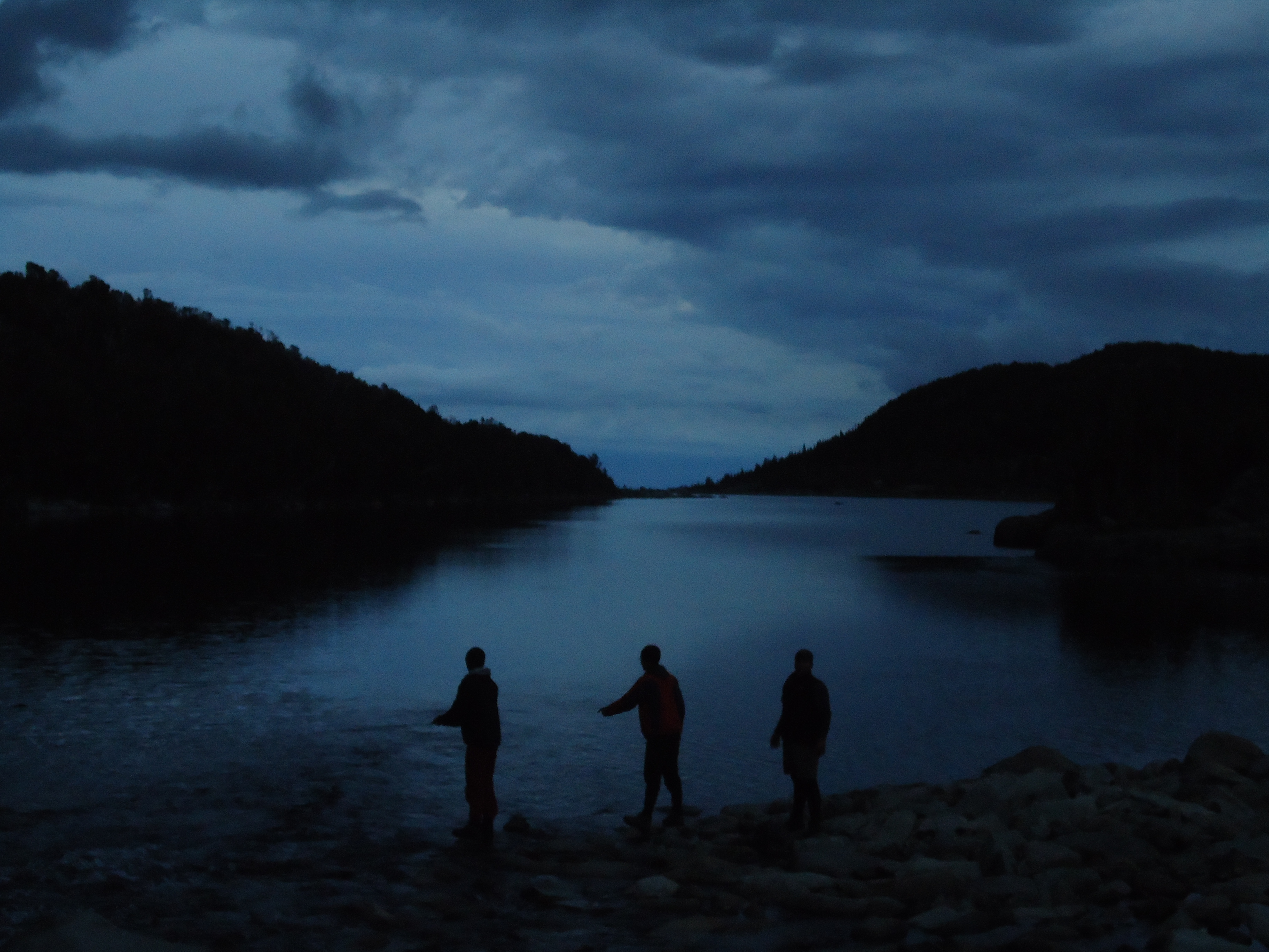Night time fly fishing outpost wilderness adventure for Trout fishing at night